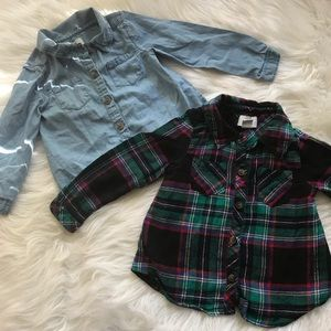 2Old Navy long sleeve button down size 2T